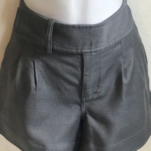 JUICY CUTURE Dress Shorts                I